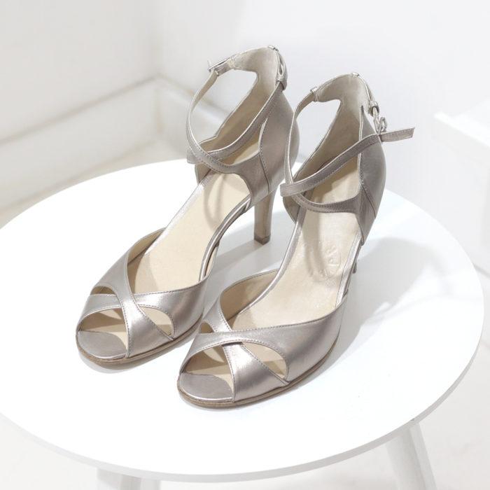 Sandały Aria platynowe
