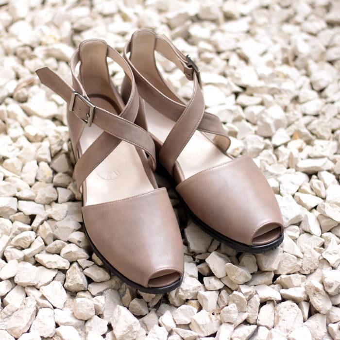 Sandały taupe